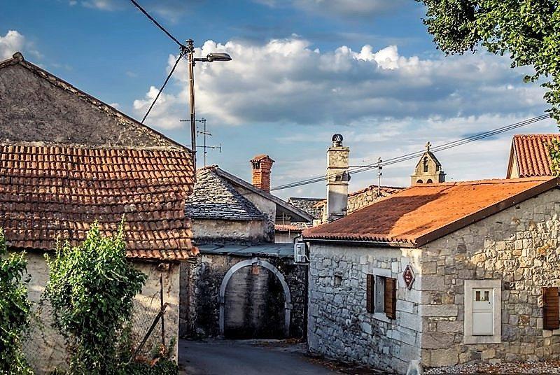 Alte Häuschen in Tomaj
